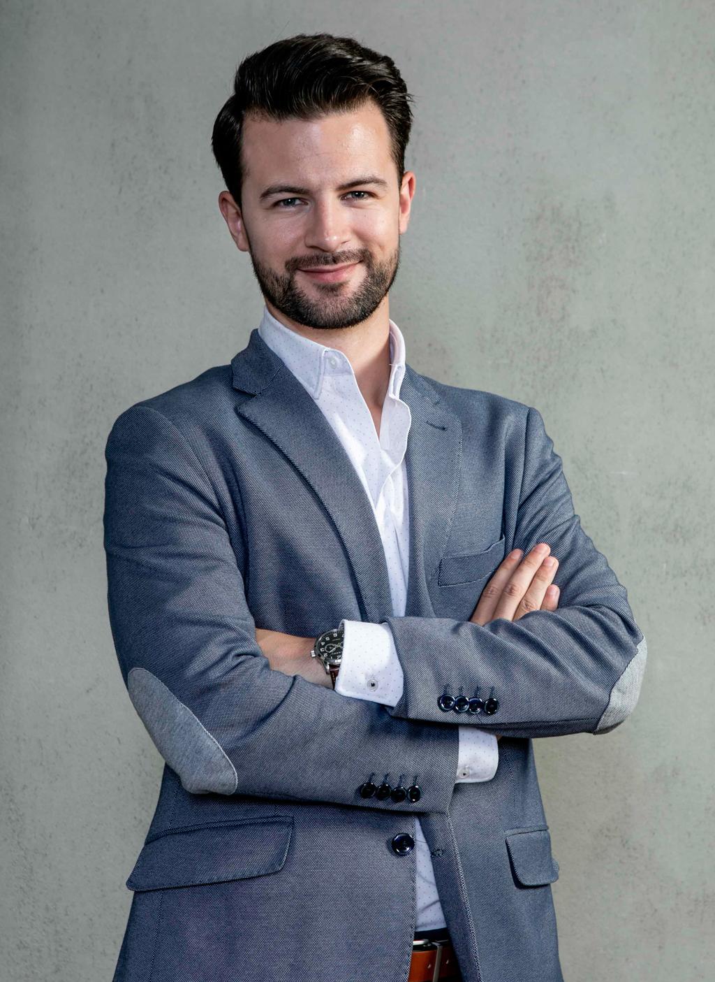 Germán García Diseñador de interiores en estudio Iconno