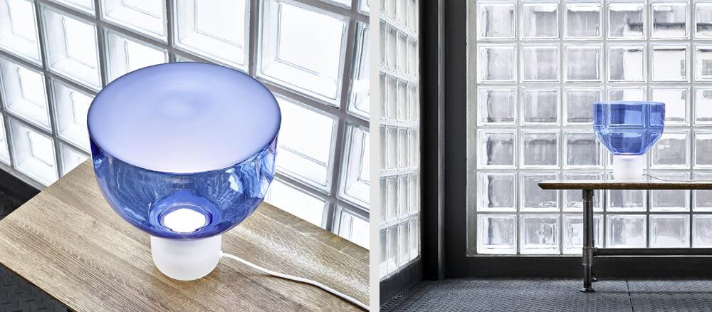 Lámpara lightline azul de Brokis en ICONNO
