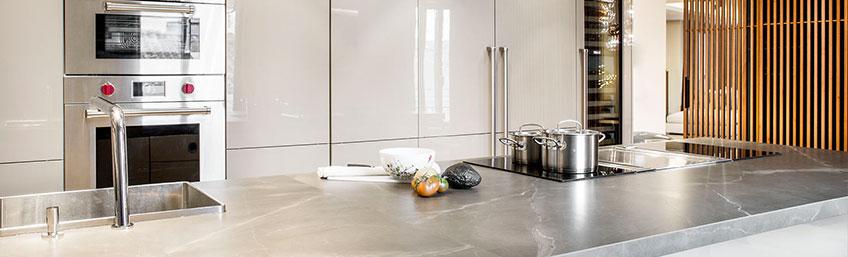 """Proyecto de Cocina SieMatic con """"Sail"""" de Rimadesio por studio ICONNO en Recoletos"""