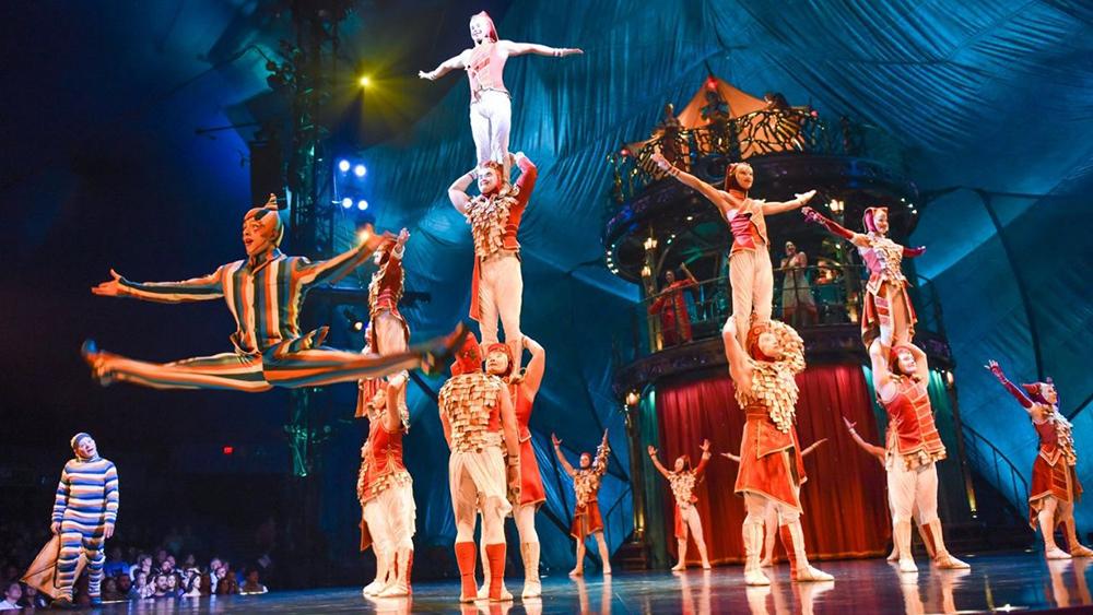 kooza de Cirque du soleil en Madrid carpa