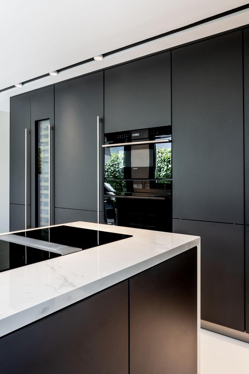 detalle iluminación decorativa proyecto de cocina urbanización de lujo